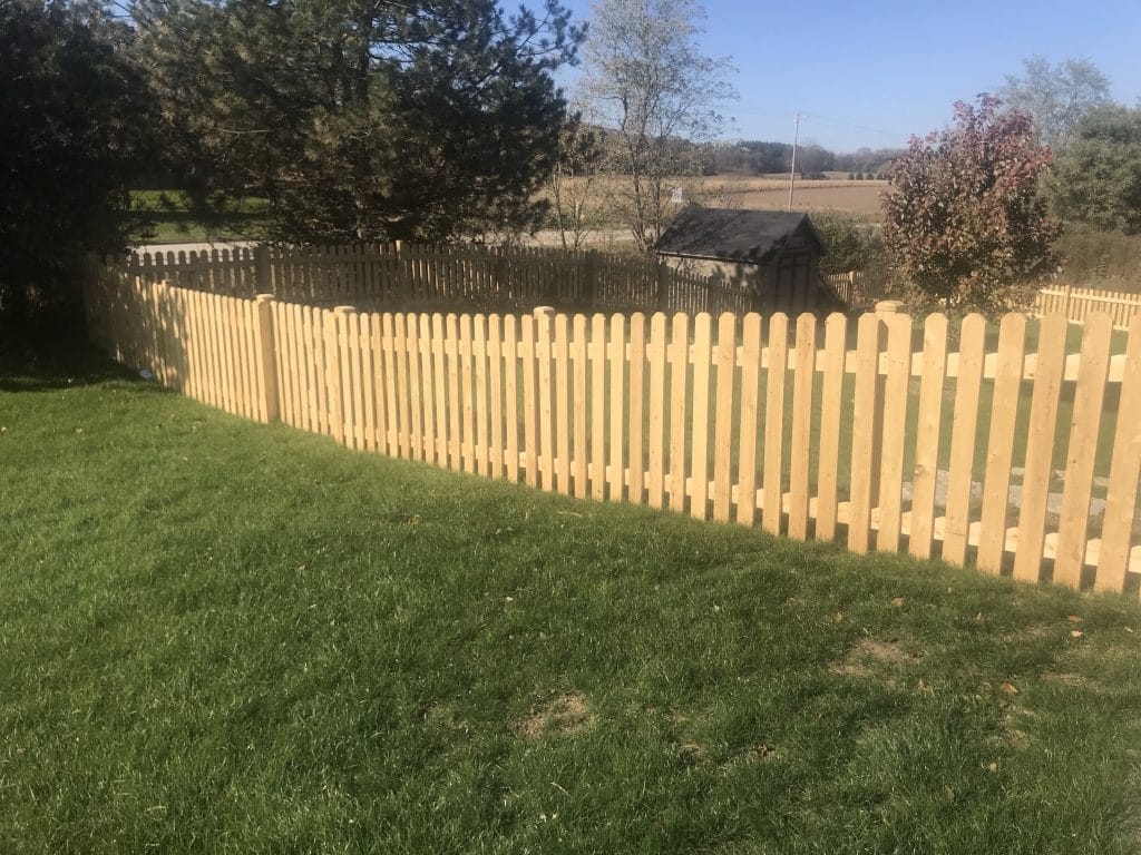 west bend fencing company, residential fencing west bend, fence installation west bend