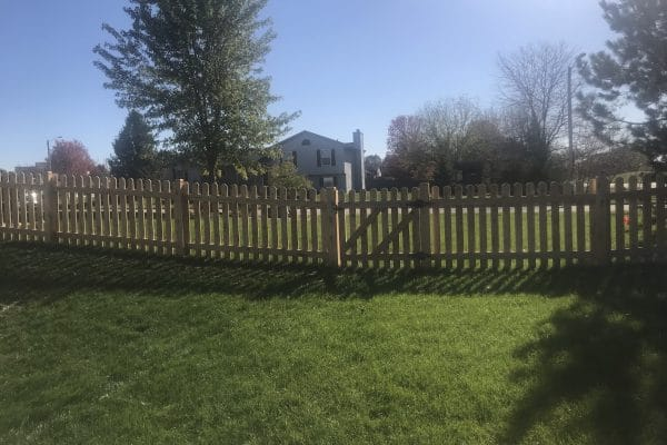 fence installation west bend, west bend fence company, install fence west bend