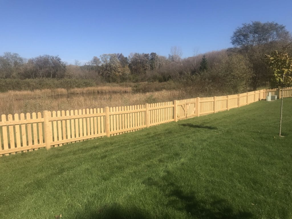 fence maintenance west bend, west bend fence company, fence installation west bend