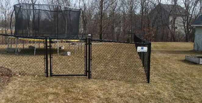 chain link fence west bend, d&d fence, west bend fence installation