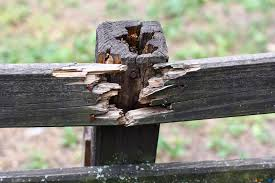 wooden fence repair, fence repair west bend
