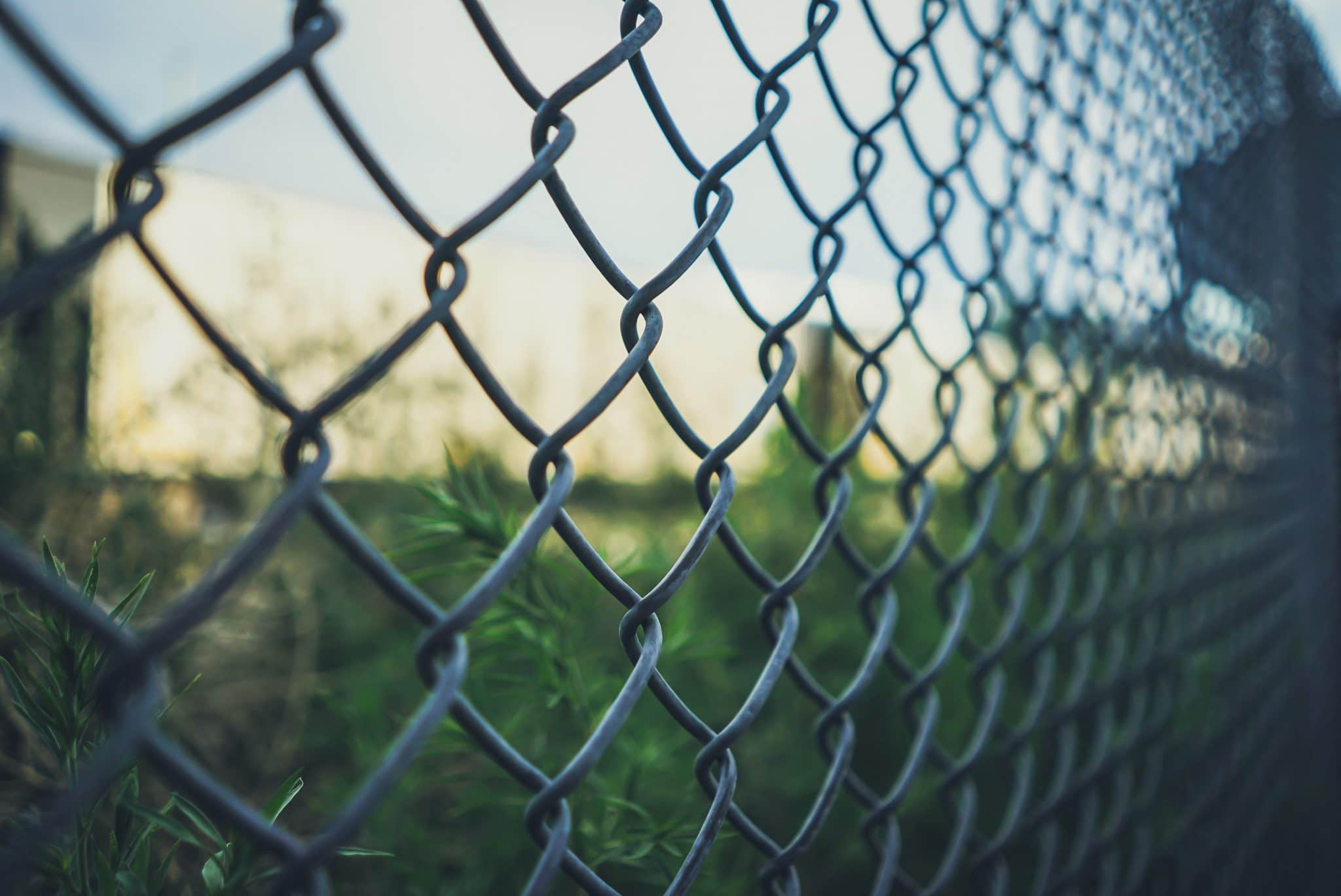 chain link fence removal, chain link fence repair and removal, residential and commercial fence removals