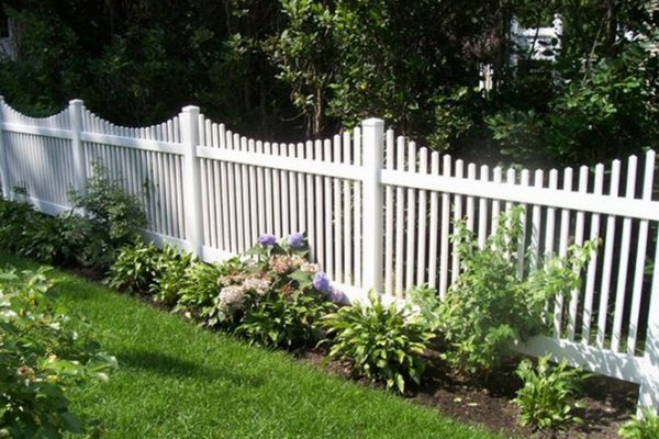fence installation west bend, scallop fence west bend, west bend fence company