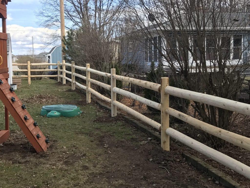 split rail fence installation, west bend fence company, split rail fence west bend