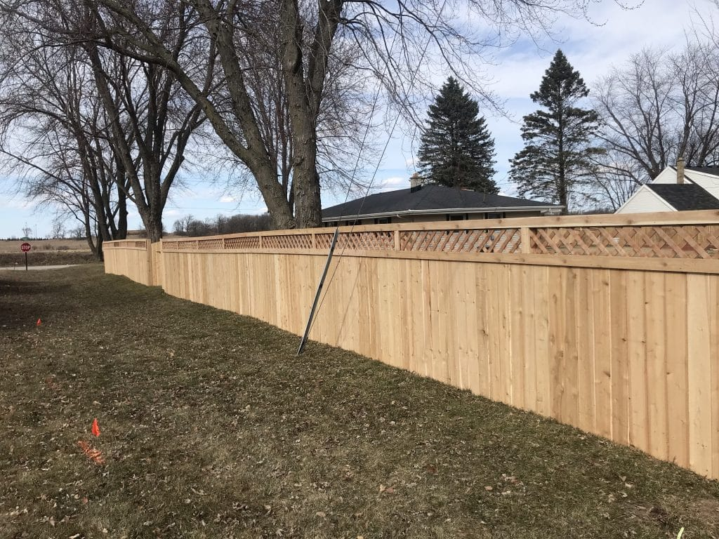 west bend fence, fence company west bend, fence installation west bend